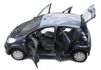 Présentation du design extérieur de la nouvelle Citroën C1, dans sa version 5 portes.